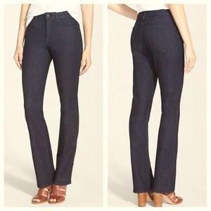 NYDJ Boot Cut Leg Lift Tuck Jeans Size 6P ✨ 18411